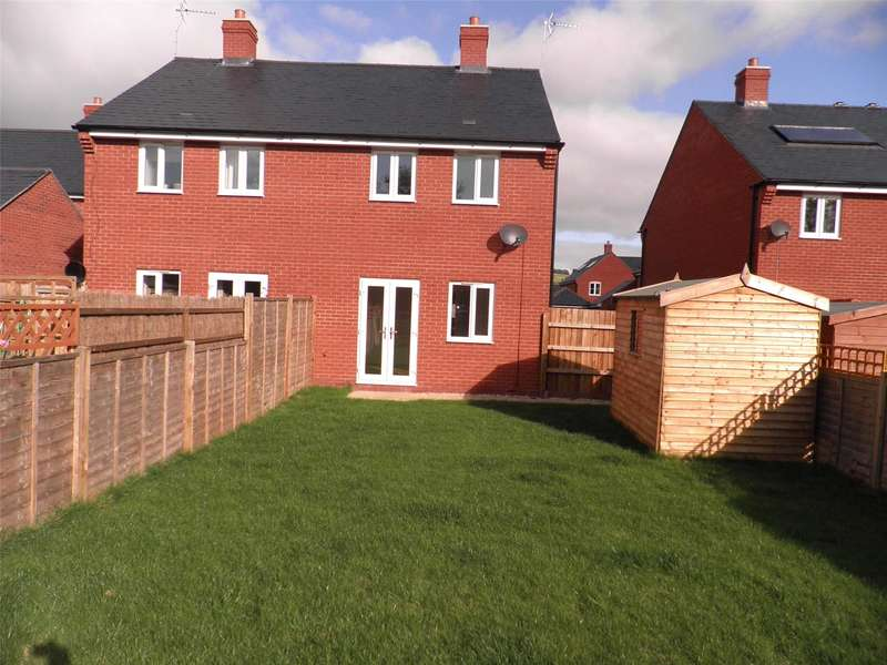 2 Bedrooms Semi Detached House for sale in 17 Wall Hill Close, Kington, Herefordshire, HR5 3GA