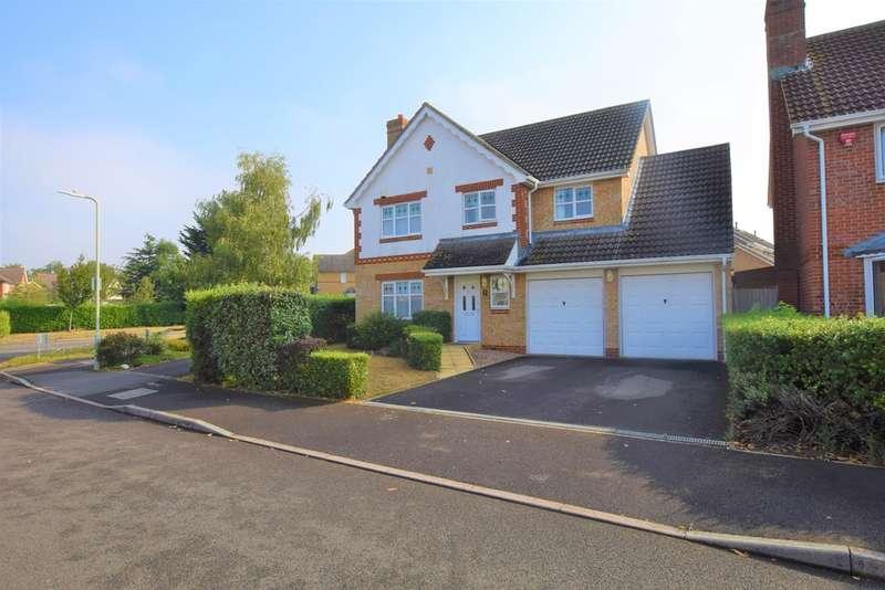 4 Bedrooms Detached House for sale in Robert Brundett Close, Kennington
