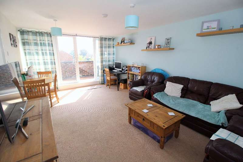 2 Bedrooms Apartment Flat for sale in Spa Road, Witham