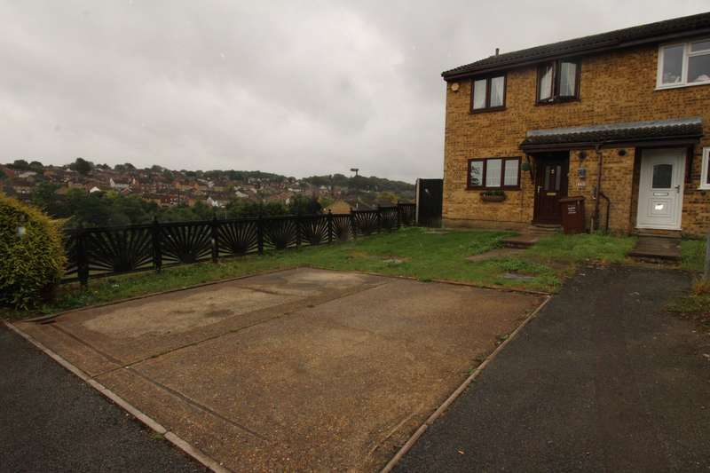 3 Bedrooms End Of Terrace House for sale in Monarch Close, Chatham, Kent, ME5