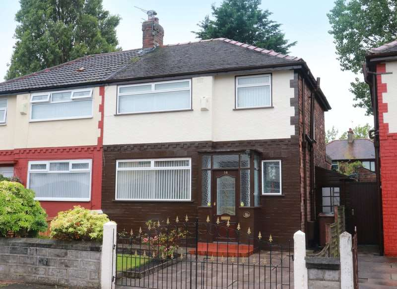 3 Bedrooms Semi Detached House for sale in Beech Grove, Bootle, Merseyside, L30