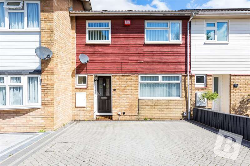 3 Bedrooms Terraced House for sale in Cervia Way, Gravesend, DA12