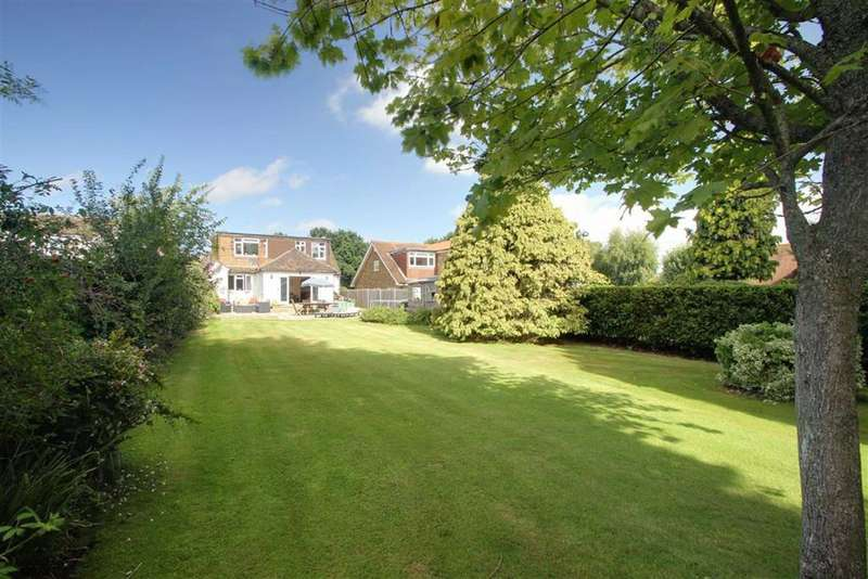 4 Bedrooms Detached House for sale in BOVINGDON, Hertfordshire