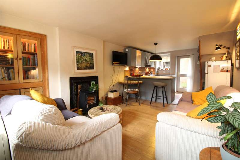 2 Bedrooms House for sale in Golgotha Village, Lancaster