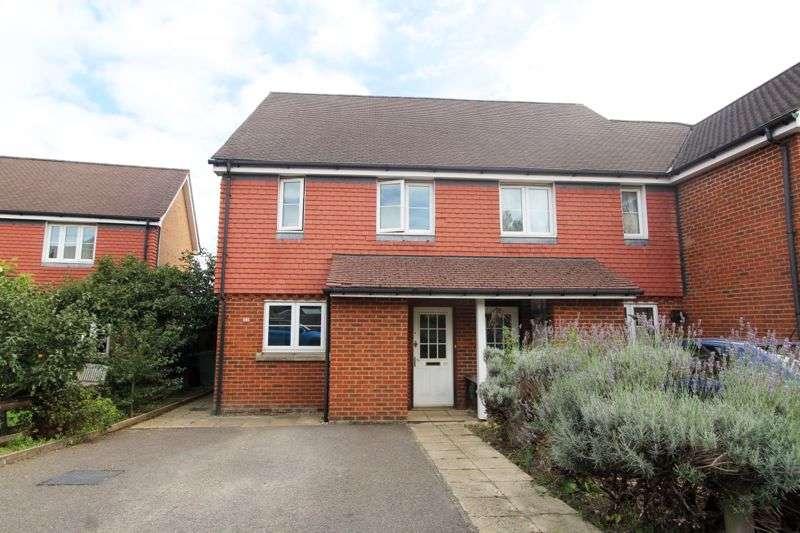 2 Bedrooms Property for sale in Bentleys Meadow, Sevenoaks