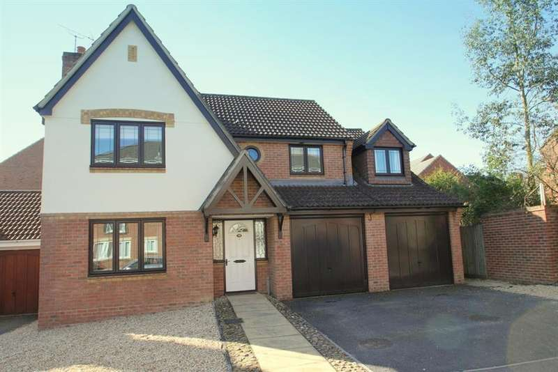 5 Bedrooms Detached House for sale in Liederbach Drive, Verwood