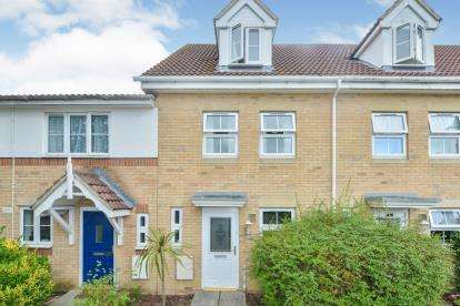 3 Bedrooms Terraced House for sale in East Cowes, Isle Of Wight, .