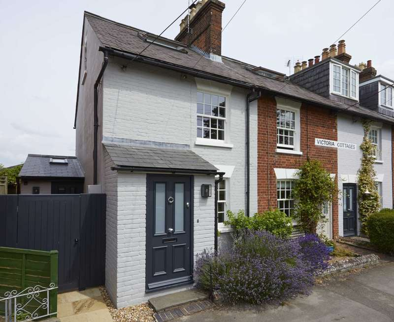 2 Bedrooms End Of Terrace House for sale in Park Road, Tring