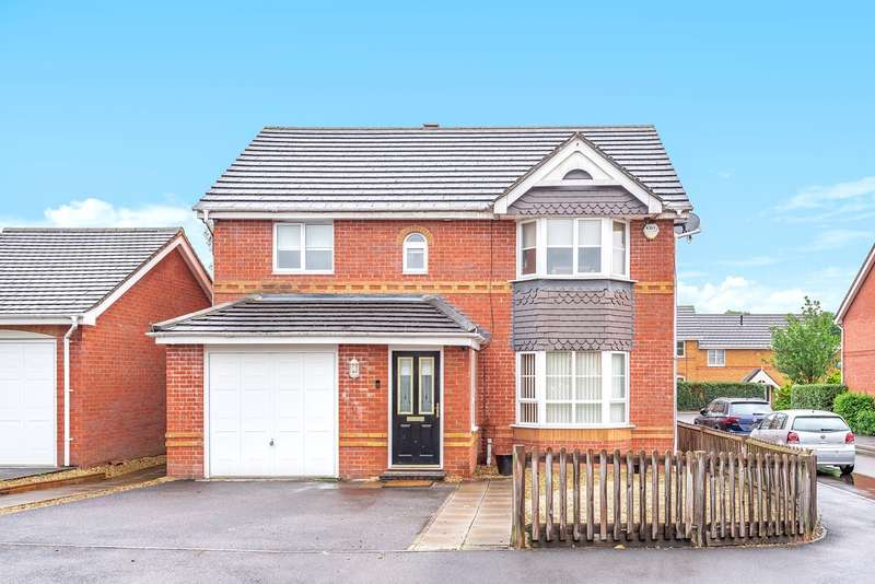 4 Bedrooms Detached House for sale in Arcadia Close, Beggarwood, Basingstoke, RG22
