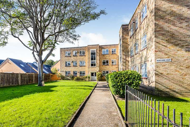 2 Bedrooms Apartment Flat for sale in Morecambe Court, Rivers Street, Southsea, Hampshire, PO5