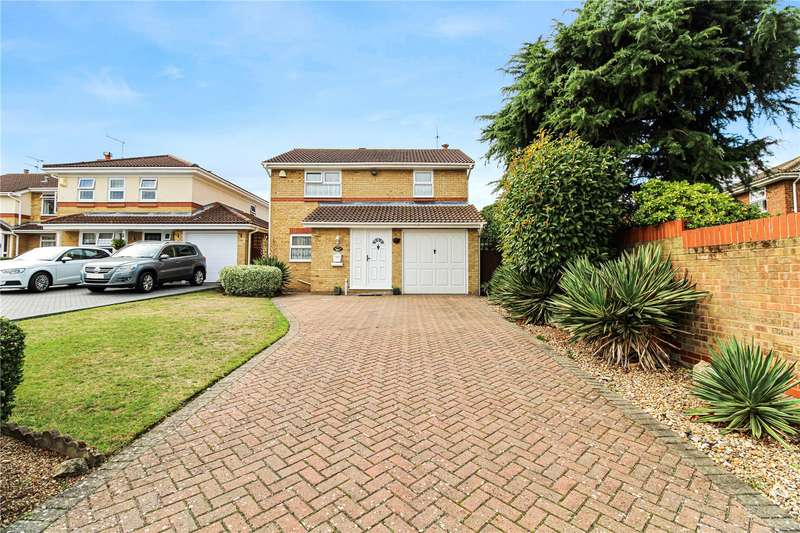 4 Bedrooms Detached House for sale in Charlotte Drive, Rainham, Kent, ME8
