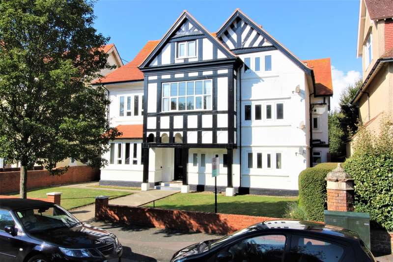 2 Bedrooms Apartment Flat for sale in Grimston Avenue, Folkestone, CT20 2QD