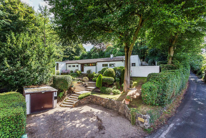 4 Bedrooms Detached House for sale in Spring Lane, Ightham, TN15