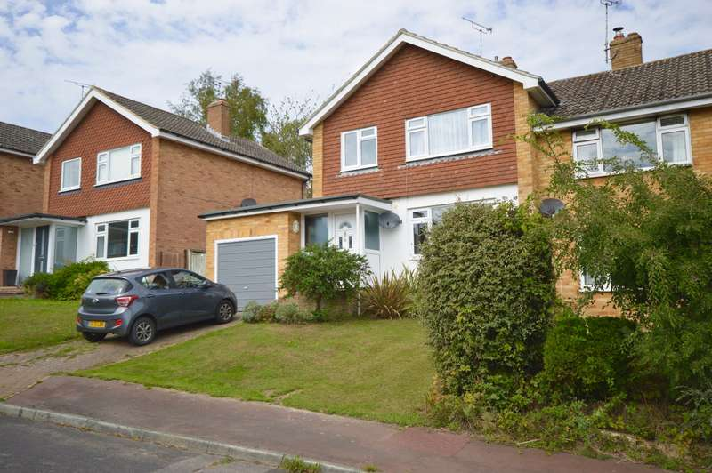 3 Bedrooms Semi Detached House for sale in Chieveley Drive, Tunbridge Wells, Kent, TN2