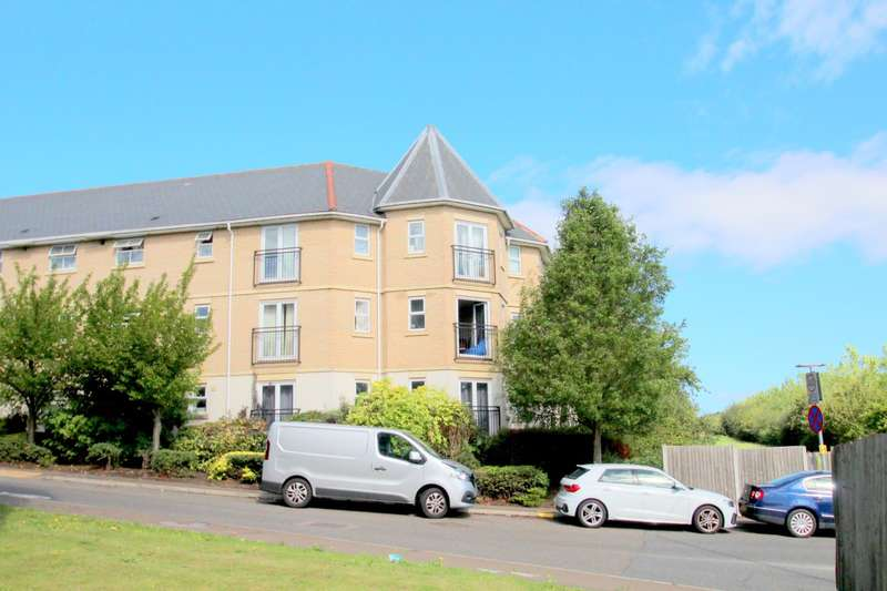 3 Bedrooms Apartment Flat for sale in Wallace Road, Colchester, Essex