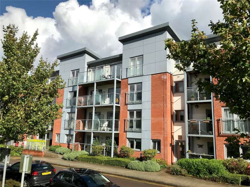 2 Bedrooms Apartment Flat for sale in Barcino House, Charrington Place, St. Albans, Hertfordshire, AL1