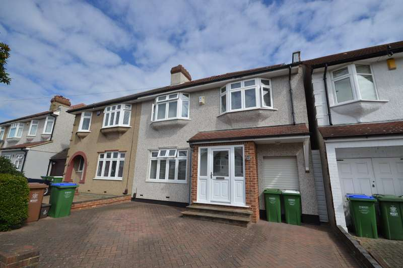 4 Bedrooms Semi Detached House for sale in Mayfair Avenue, Bexleyheath, DA7