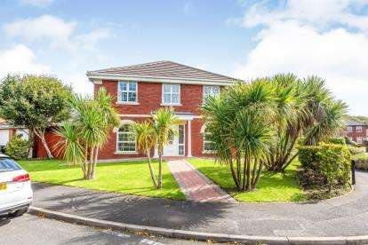 5 Bedrooms Detached House for sale in Lapwing Row, Lytham St Anne's, Lancashire, England, FY8