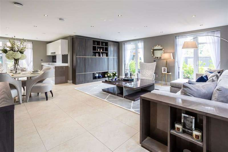 3 Bedrooms Apartment Flat for sale in Yale House, Royal Connaught Park, Bushey, Hertfordshire