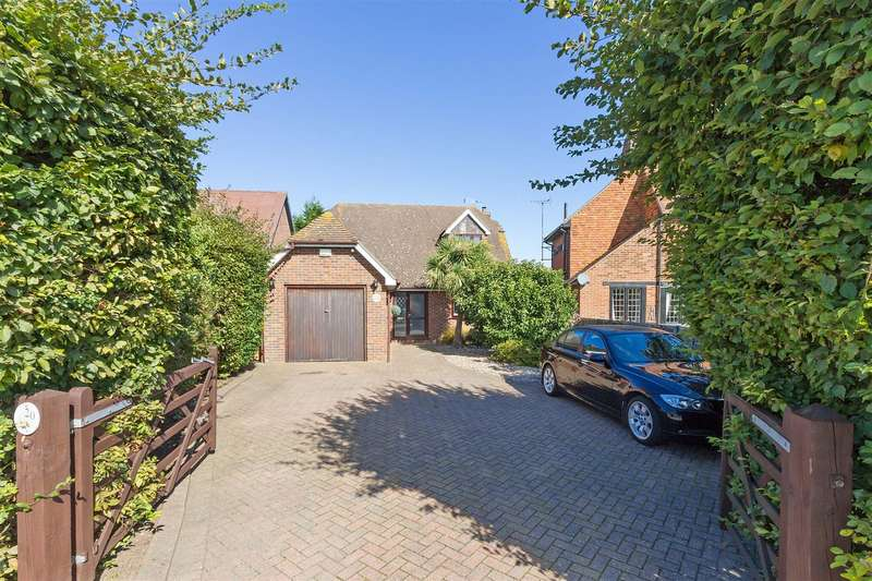 3 Bedrooms Detached House for sale in The Willows, Newington, Sittingbourne