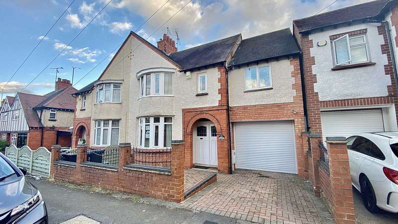 4 Bedrooms Semi Detached House for sale in Park Avenue, Rushden