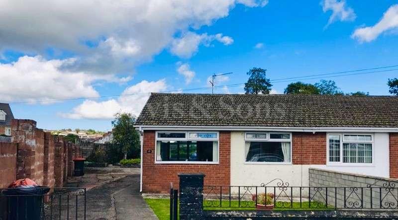 2 Bedrooms Semi Detached Bungalow for sale in Eastmoor Road, Lliswerry, Newport. NP19 4NY