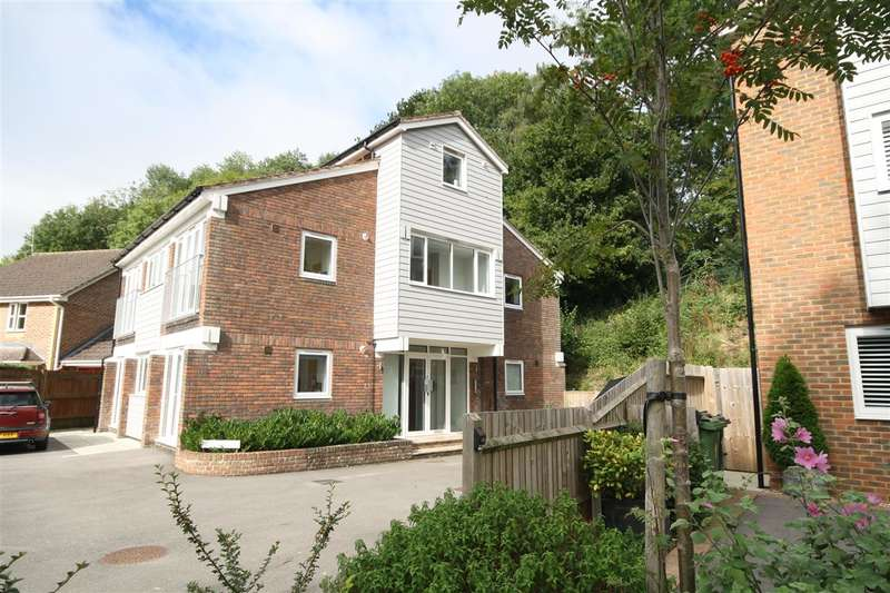 1 Bedroom Apartment Flat for sale in Wickham