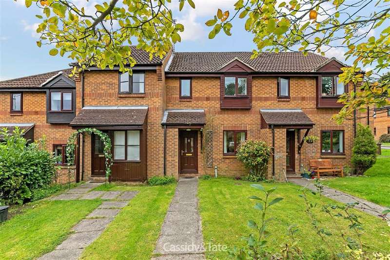 3 Bedrooms Property for sale in Mercers Row, St. Albans, Hertfordshire - AL1 2QS
