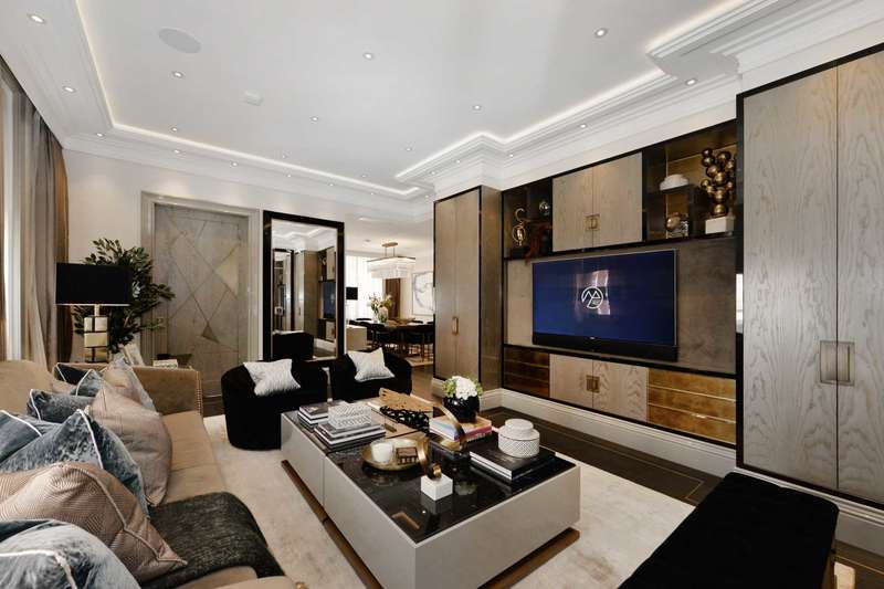 3 Bedrooms Apartment Flat for sale in Hay Hill, Mayfair W1J