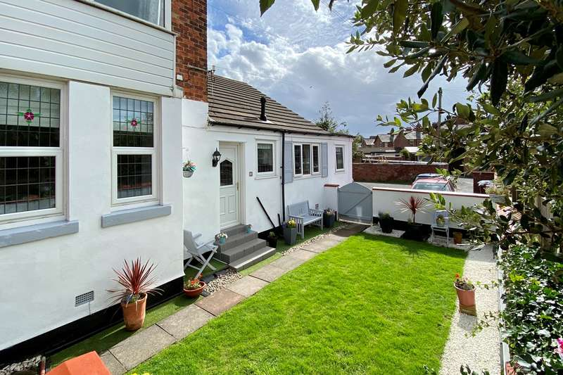 1 Bedroom Apartment Flat for sale in Blackpool Road, Lytham St Annes, FY8