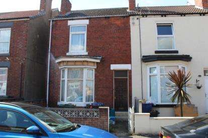 2 Bedrooms Terraced House for sale in St. Johns Road, Doncaster