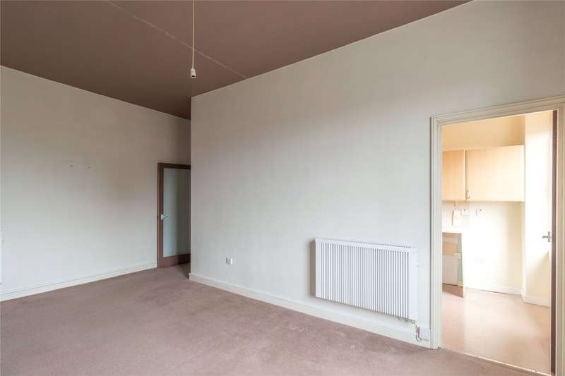 Flat for sale in St. Margarets Terrace, Cheltenham, Gloucestershire, GL50