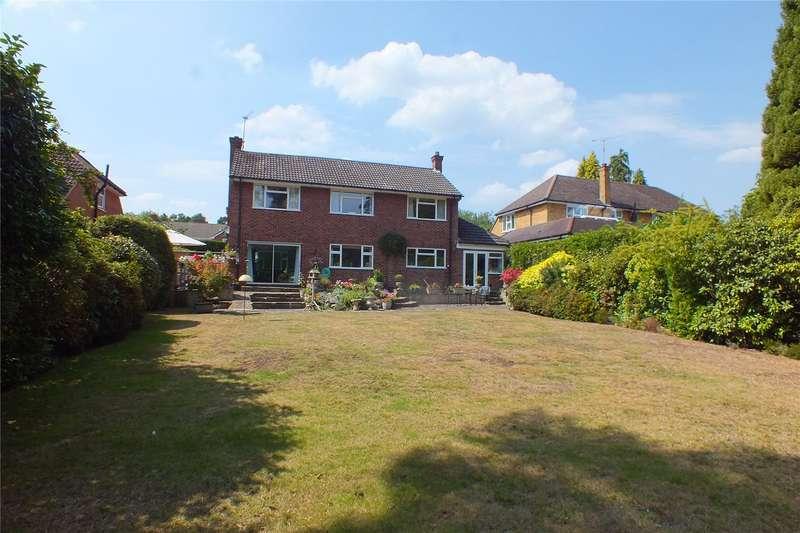 4 Bedrooms Detached House for sale in Elsenwood Crescent, Camberley, Surrey, GU15