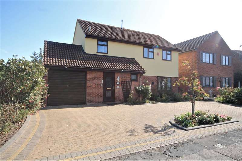 4 Bedrooms Detached House for sale in Edgware Road, Clacton on Sea