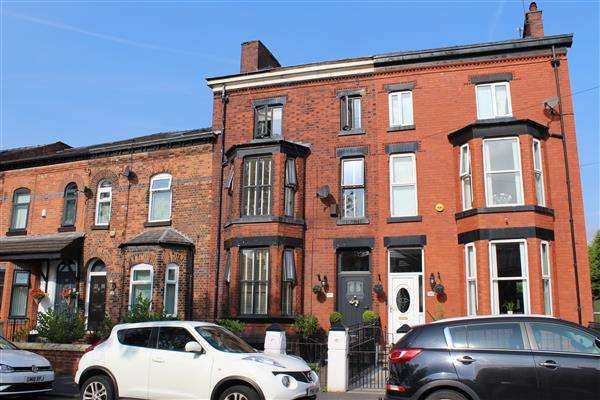 5 Bedrooms Terraced House for sale in St Marys Road, New Moston