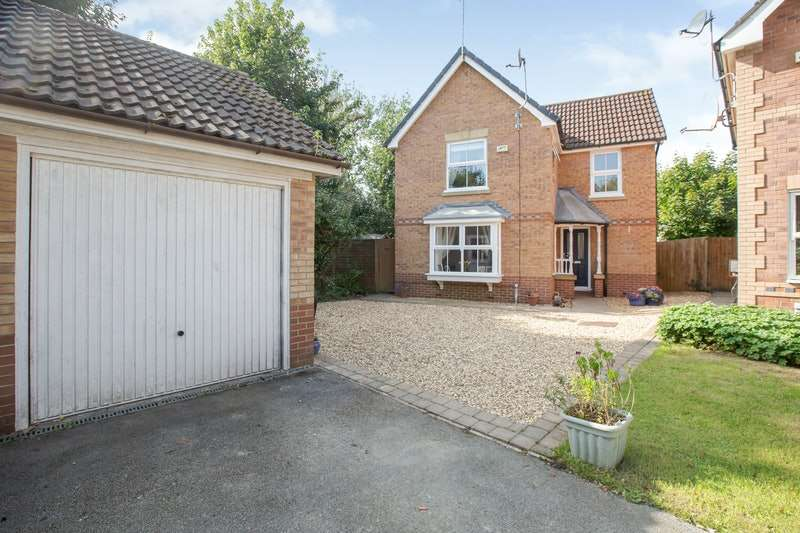 3 Bedrooms Detached House for sale in Rowangate, Preston, Lancashire, PR2