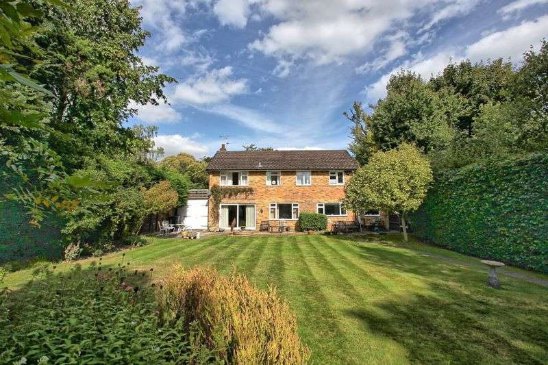 4 Bedrooms Property for sale in Deadhearn Lane, Chalfont St. Giles