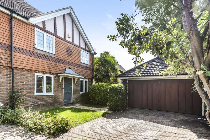 4 Bedrooms Semi Detached House for sale in Highfield Road, Northwood, Middlesex, HA6