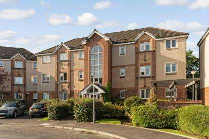 2 Bedrooms Flat for sale in Imlach Place, Motherwell, North Lanarkshire