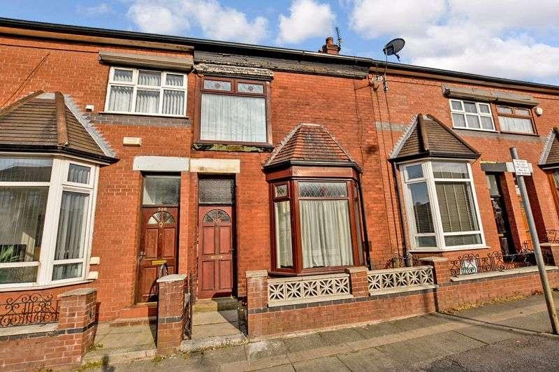 3 Bedrooms Property for sale in Blackburn Road, Astley Bridge, Bolton, BL1