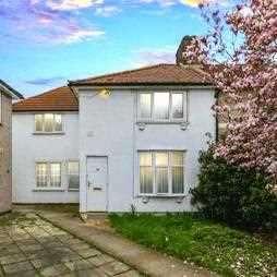 5 Bedrooms End Of Terrace House for sale in Westfield Road, Dagenham