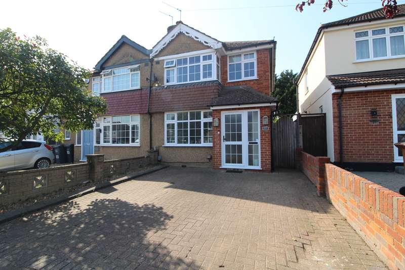 3 Bedrooms Semi Detached House for sale in Barton Way, Croxley Green, Rickmansworth, WD3