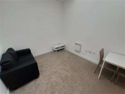 1 Bedroom Apartment Flat for rent in Vicar Lane, Bradford