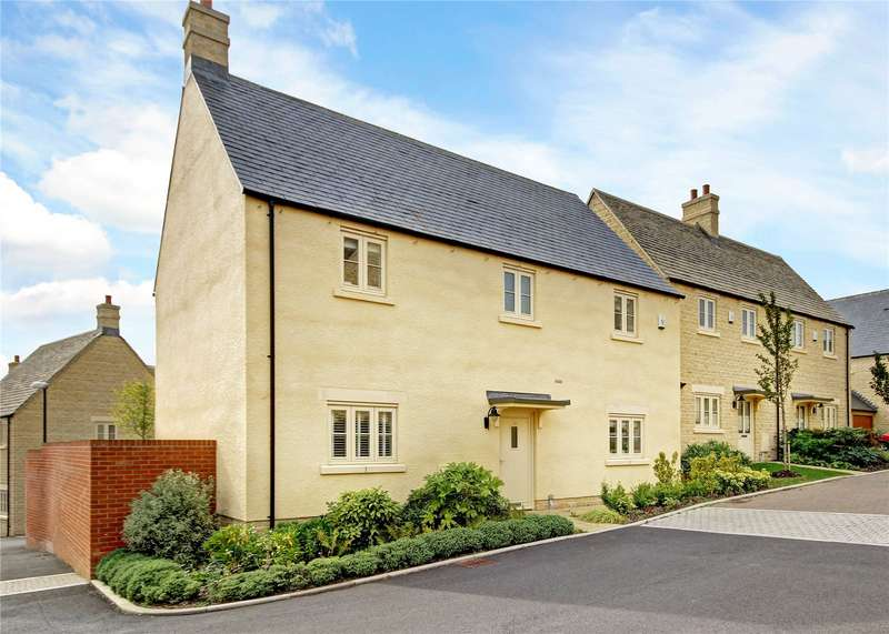 4 Bedrooms Detached House for sale in Shilham Way, Cirencester, GL7