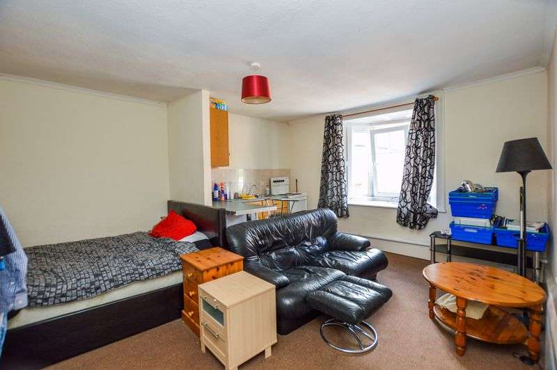 1 Bedroom Property for rent in High Street, Amesbury