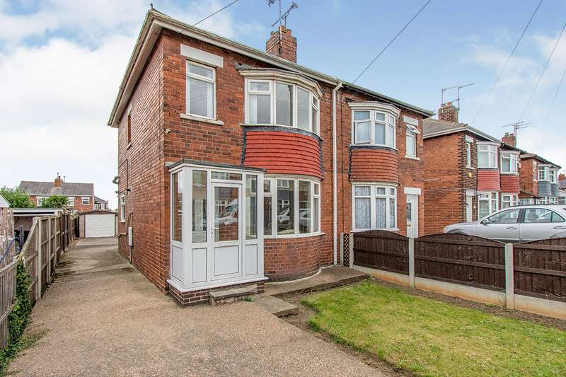 3 Bedrooms Semi Detached House for sale in Thorntondale Road, Scawsby, Doncaster, DN5