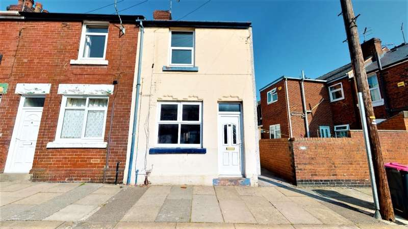 3 Bedrooms End Of Terrace House for sale in Rosebery Street, Holmes, Rotherham