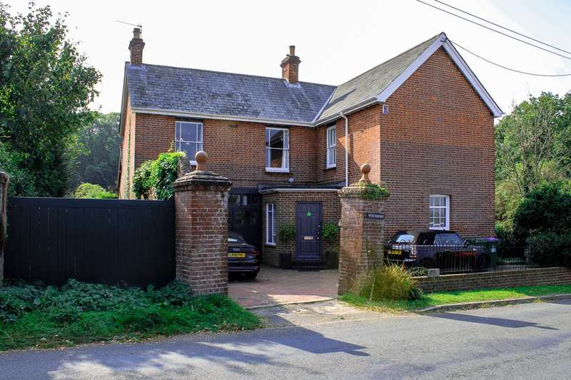 4 Bedrooms Detached House for sale in Barcombe, Near Lewes