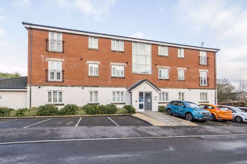 2 Bedrooms Property for sale in Flavius Close Caerleon, Newport