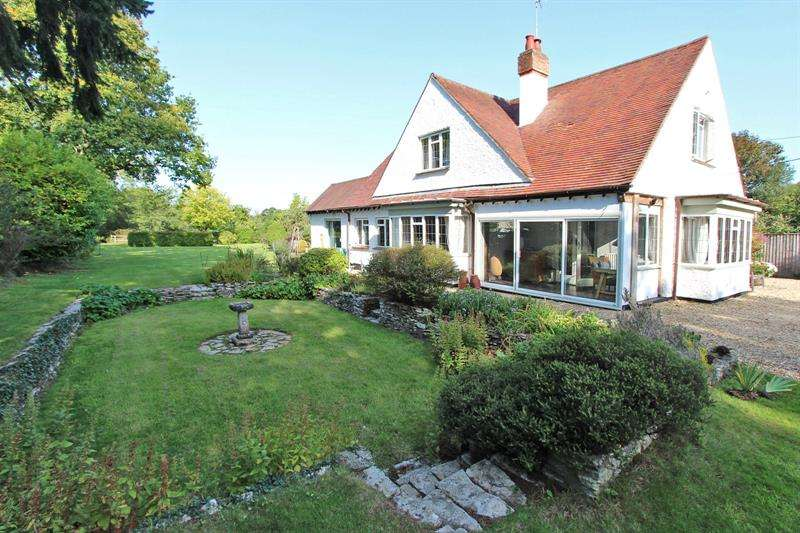 4 Bedrooms Detached House for sale in Sway Road, Brockenhurst, Hampshire, SO42